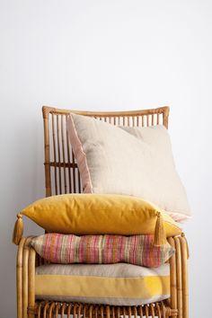 handmade pillows / super marché