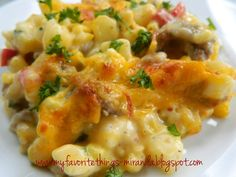 My Favorite Things: Creamy Southern Style Hash Brown, Sweet Corn & Ground Beef Casserole - this sounds good Hash Brown Casserole, Ground Beef Casserole, Casserole Dishes, Casserole Recipes, Hamburger Recipes, Ground Beef Recipes, Crockpot Recipes, Cooking Recipes, Yummy Recipes