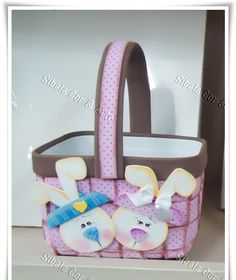 Foam basket with bunnies Easter Projects, Easter Crafts, Holiday Crafts, Projects To Try, Foam Crafts, Diy And Crafts, Crafts For Kids, Arts And Crafts, Reduce Reuse