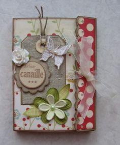 Mini-album fermé : belle idée de mini  http://ptitamande.over-blog.com/article-mini-album-mon-chamallow-45906162.html