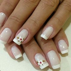 37 Best Ideas For Short French Manicure Diy Cute Nails, Pretty Nails, My Nails, Simple Acrylic Nails, Golden Nails, Soft Nails, French Nail Art, Clear Nails, Stylish Nails