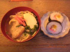 「マンテンパパ」でいただいた年明け「沖縄そば」とお寿司