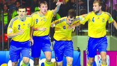 У чвертьфіналі – Колумбія. На ЧС-2012, ігри якого цими днями проходять у Таїланді, збірна України з футзалу після першого місця у групі А і перемоги в 1/8 фіналу над збірною Японії гарантувала собі продовження боротьби за медалі. #WZ #Львів #Lviv #Новини #Спорт  #футбол