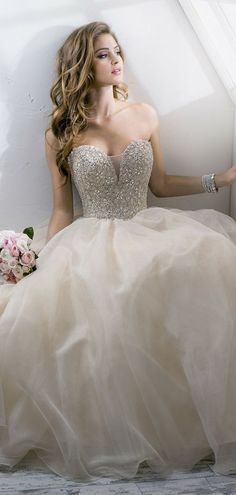 Sweetheart Beading Bodice Plunging Organza Princess Wedding Gown
