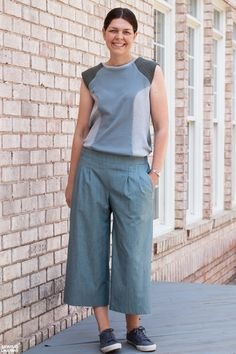 Sewing Like Mad: The Emerson Crop Pants by True Bias