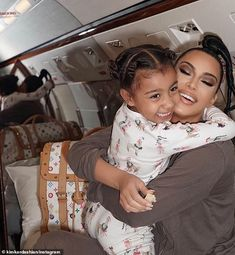 Online – Kim Kardashian Shares Fun Family Photo as They Await Baby No. Sat… E! Online – Kim Kardashian Shares Fun Family Photo as They Await Baby No. Saturdays are for selfies in the Kardashian-West… – View Familia Kardashian, Estilo Kardashian, Kim Kardashian And Kanye, Kardashian Style, Kardashian Jenner, Kylie Jenner, Kim Kardashian Children, Kardashian Fashion, Jenner Kids