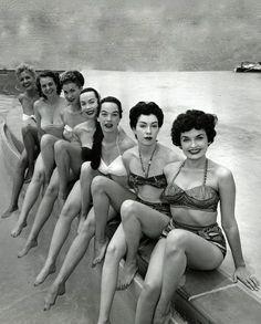 Como as mulheres mudaram..... Mas a essência em algumas continua a mesma.....