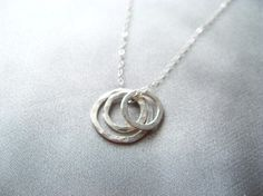 Simple Mother necklace