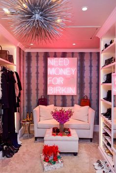 14 walk in closet designs for luxury homes Walk In Closet Design, Closet Designs, Wardrobe Closet, Closet Bedroom, Pink Closet, Closet Space, Shoe Closet, Home Renovation, Best Office