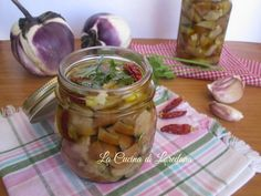 Melanzane sott'olio Eggplant Recipes, Pickles, Cucumber, Food, Canning, Eten, Pickle, Pickling, Cauliflower
