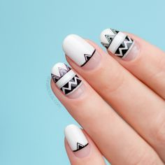 Black and white nails for summer - Aztec nail art