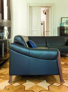 #kler #meblekler #klermeble #klerdesign #designkler #excellence #klerexcellence #wnętrza #Maestro #czarne #black #skórzanatapicerka #leather #szycie #functional #funkcjonalność #wood #woodendetails #new #sofa #salon #projektowanie #design #meble #dom #komfort #jakość #quality #wypoczynek #styl #style #modern #relaks #relax #furniture #furnituredesign #interior #interiordesign #home #dom #dodatki #dekoracje #homedecor  #nowoczeność #komoda #comode #alfitalia #alf #kolekcja #Bellagio Sofa Design, Furniture Design, Teak, Couch, Retro, Table, Home Decor, Sofa Chair, Handmade Home Decor