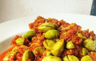 Resep Sambal Teri Pete by Indonesian Food, Sprouts, Food And Drink, Vegetables, Drinks, Drinking, Beverages, Indonesian Cuisine, Vegetable Recipes