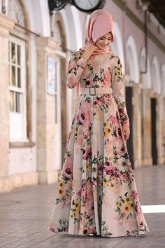 Hijab Beautiful hijab Hijab fashion Muslim girls Beautiful muslim women Jennifer Anniston Gaya hijab Hijabi fashion Muslimah fashion Muslim fashion Abaya fashion Hijabi o. Islamic Fashion, Muslim Fashion, Modest Fashion, Fashion Dresses, Mode Abaya, Mode Hijab, Muslim Dress, Hijab Dress, Abaya Designs