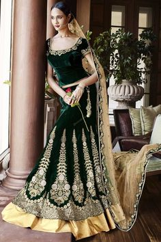 Best shop to buy bridal lehenga choli, indian wedding dresses for womens, marriage dress, engagement dresses and bridal wear online in India. At KARAGIRI has wide collection of customized bridal wear to choose and order at best price. Lehenga Style Saree, Green Lehenga, Party Wear Lehenga, Anarkali, Lehenga Blouse, Lehenga Choli Online, Ghagra Choli, Bridal Lehenga Choli, Sarees Online