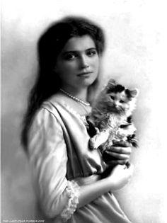 Grand Duchess Maria Nikolaevna Romanova (26 Jun 1899-17 Jul 1918), 3rd child of Tsar Nicholas II (Nikolai II) (Nikolai Alexandrovich Romanov) (1868-1918) & wife Alix-Alexandra (Alix Victoria Helena Louise Beatrice) (Alexandra Feodorovna Romanova) (6 June 1872-17 July 1918) Hesse, Germany.