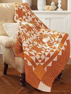 This traditional patchwork quilt called Gathered Memories features beautiful appliqué and triangle squares. Creeper Minecraft, Star Quilts, Quilt Blocks, Appliqué Quilts, Amish Quilts, Orange Quilt, Yellow Quilts, Floral Quilts, Embroidery Designs