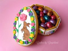 Easter Egg Gingerbread Cookie Box