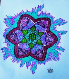 Mandala Psicodélica #mandala #mandaladrawing #drawing #desenho #Aracaju #Sergipe #flor #flower #energia #coloring #mandalacoloring #psychedelic #colored #creative #energy #tochabr