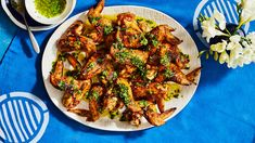 Baked Garlic Parmesan Chicken, Parmesan Chicken Wings, Crispy Chicken Wings, Cooked Chicken, Lime Chicken, Chicken Wing Recipes, Pasta Dishes, Appetizer Recipes, Appetizers