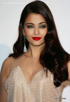 nice Aishwarya Rai Top Bollywood