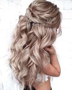 Wedding Hairstyles For Long Hair, Wedding Hair And Makeup, Elegant Hairstyles, Bride Hairstyles Down, Graduation Hairstyles, Gorgeous Hairstyles, Indian Hairstyles, Prom Hairstyles For Long Hair Half Up, Hairstyles For Bridesmaids