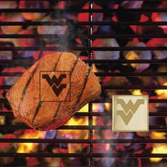 West Virginia University Fan Brands - Turn grilling into a contact sport. Brand your favorite team's logo on your meat, bread, or veggies. Place your Fan Brand on your grill, allow it to heat up to 500 F, apply some olive oil or non-stick spray, then place your food over the Fan Brand. Your team logo will be transferred to your food in a few minutes. Cook until desired doneness is achieved. Fan Brands by FANMATS (TM) are made of high conductivity metal alloy. Also works indoors with a frying…