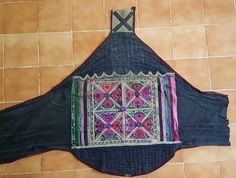 Hey, I found this really awesome Etsy listing at https://www.etsy.com/uk/listing/514334594/vintage-hmong-miao-baby-carrier-h233