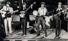 Bass guitarist Dozy from the band Dave Dee, Dozy, Beaky, Mick & Tich has died at the age of 70 after a short illness. 60s Music, Music Radio, Music Film, Music Icon, Bubblegum Pop, Music Charts, Moody Blues, British Invasion, Guitar Lessons