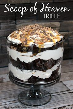 This Scoop of Heaven Trifle has rich Devil's Food cake, smooth whipped cream, sweet caramel, and crunchy toffee.the perfect dessert! desserts Scoop of Heaven Trifle Sweet Recipes, Cake Recipes, Dessert Recipes, Trifle Bowl Recipes, Dessert Food, Heath Bar Trifle Recipe, Vegan Trifle Recipe, Nutella Recipes, Dishes Recipes