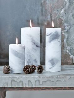 The beauty of natural stone is recreated in these faux marble candles, which are predominantly white but have wonderfully realistic ripples and veins of soft grey wax.
