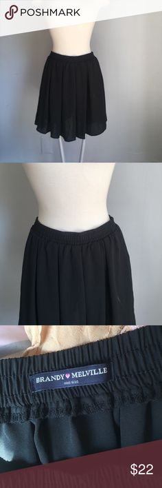 BRANDY MELVILLE BLACK SKIRT OS NEW WITHOUT TAGS, BRANDY MELVILLE BLACK SKIRT CHIFFON ONESIZE. Brandy Melville Skirts Mini