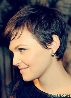 Messy Pixie Hairstyle By Ginnifer Goodwin