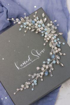 Headpiece Jewelry, Hair Jewelry, Beige Wedding, Wedding Hair Accessories, Wedding Jewelry, Hair Beads, Hair Ornaments, Rhinestone Jewelry, Bridal Headpieces