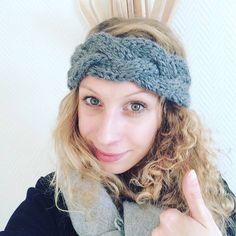 Je sais ce que vous vous dites en ce moment! Ouch, il fait froid! Mais que diriez vous si je vous proposai un modèle gratuit de headband tressé?