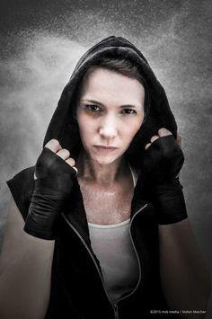 """Million Dollar Baby"" / Nikon D90 #Lightroom #Photoshop #Adobe #ImageProcessing #Face #Girl #Boxer #Fight #Punch #Bildbearbeitung #Gesicht"