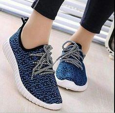 Sepatu Wanita / Sepatu Murah / Sepatu Kets Adidas Replika Yezzy Biru