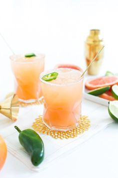 14 Delicious Cocktails Made with LaCroix Sparkling Water — Recipe Roundup