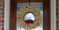 A Unique & Timeless Wine Cork Wreath That Will Stand Test of Time Wine Cork Wreath, Wine Cork Art, Wine Cork Crafts, Wine Corks, Wine Cork Projects, Diy Projects, Christmas Wreaths, Christmas Crafts, Crafts For Teens