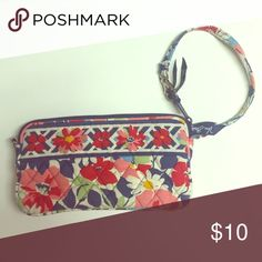 Vera Bradley Summer Cottage Wristlet Used a few times. Good condition. Vera Bradley Bags Clutches & Wristlets