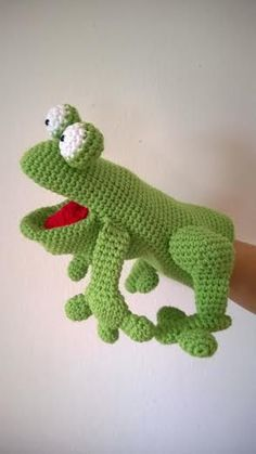 Lovely crocheted frog hand puppet by Naschoener on Etsy