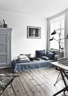 Stil Inspiration / Greyish blue cravings // #Architecture, #Design, #HomeDecor, #InteriorDesign, #Style