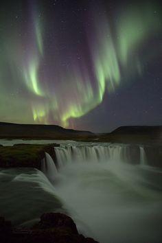 Lisa Bettany- Godafoss, Iceland. (034)