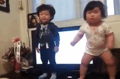 No One Has Ever Looked As Good Dancing As The Adorable Toddler In This Video