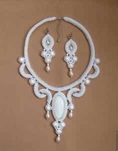 Diy Jewelry Necklace, Rope Jewelry, Tatting Jewelry, Bead Embroidery Jewelry, Seed Bead Jewelry, Jewelry Making Beads, Bridal Necklace, Jewelry Sets, Diy Crafts Jewelry
