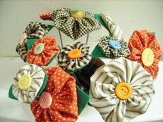 Domestic, But Not Martha: DIY Tutorial: Yo-Yo Flowers!!!! (Guest post by the gorgeous Stephanie!)