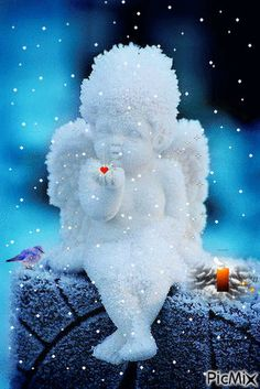 Blow me a kiss Angel Pictures, Jesus Pictures, Love Pictures, Betty Boop, Gif Bonito, Seraph Angel, Beau Gif, Glitter Images, Snow Sculptures
