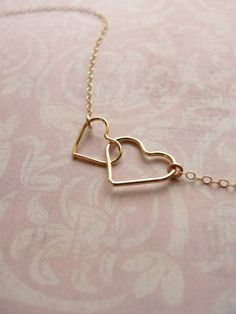Double Heart Necklace Its too cute! I Love Jewelry, Jewelry Gifts, Jewelry Accessories, Jewelry Necklaces, Jewelry Making, Bracelets, Heart Necklaces, Diamond Necklaces, Gold Jewellery