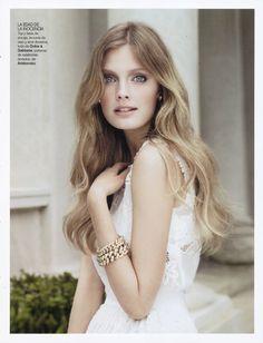 Constance Jablonski for Vogue Spain February 2011 by Alex Cayley  @cesarXOXOXO @primaXOXO @emmaruthXOXO @KrisOXOXOXO @michaelOXOXO