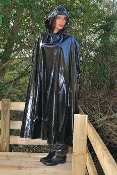 Enclosed cape